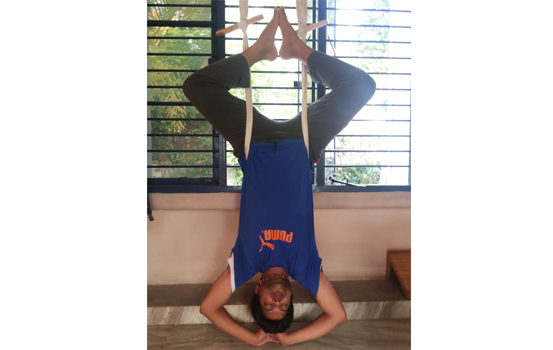 Using rope sirsasana belt in Bangalore